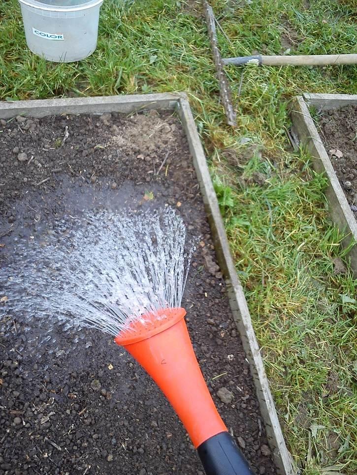 Uzupełnianie wody na jesień