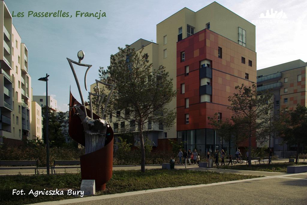 Zielona Terapia eko osiedle 10 - Eko-osiedle| Les Passerelles, Annecy, Francja